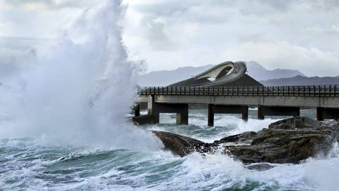 Atlantic Ocean - Road - Norway